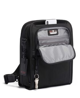 Medium Travel Tote Alpha 3