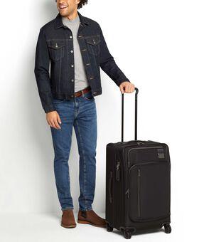 Koffer für eine Kurzreise (erweiterbar) Merge